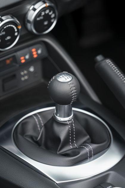 2020 Mazda MX-5 Convertible Sport Tech - UK version 60