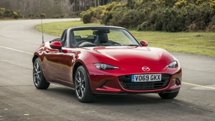 2020 Mazda MX-5 Convertible Sport Tech - UK version 6