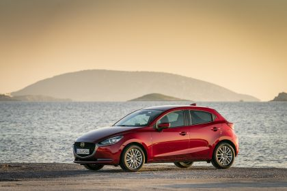 2020 Mazda 2 142