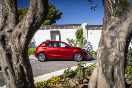 2020 Mazda 2 167