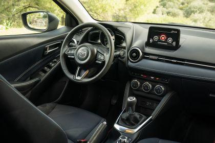 2020 Mazda 2 185