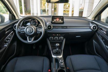 2020 Mazda 2 186