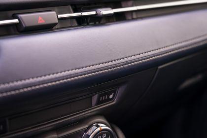 2020 Mazda 2 195