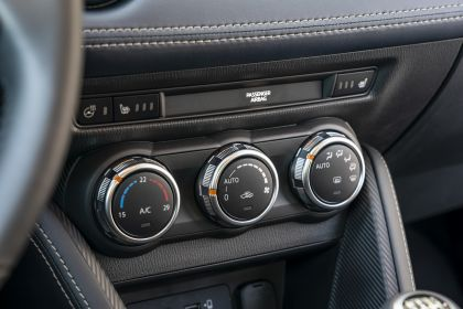 2020 Mazda 2 198