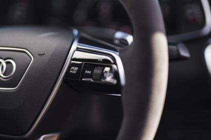 2020 Audi RS 7 Sportback - UK version 65