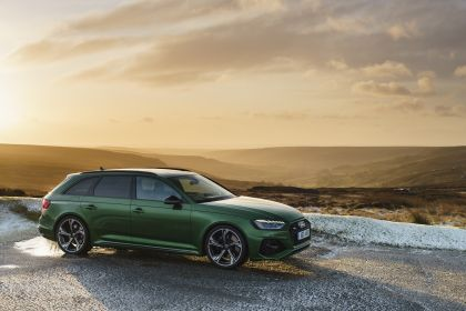 2020 Audi RS 4 Avant - UK version 2