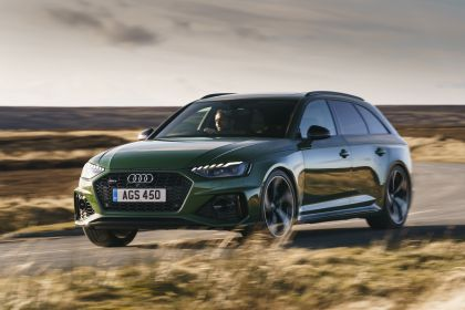 2020 Audi RS 4 Avant - UK version 26