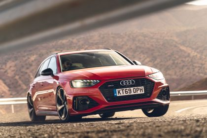 2020 Audi RS 4 Avant - UK version 132