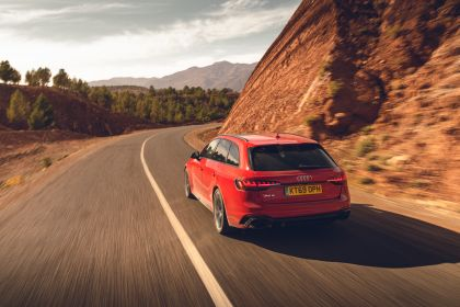 2020 Audi RS 4 Avant - UK version 162