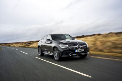2020 Mercedes-Benz GLC 300 4Matic coupé - UK version 23