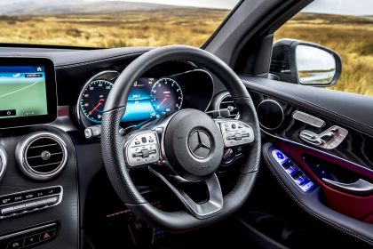 2020 Mercedes-Benz GLC 300 4Matic coupé - UK version 48