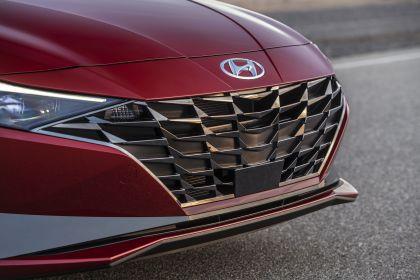 2021 Hyundai Elantra 16