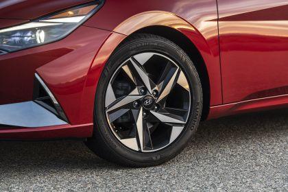 2021 Hyundai Elantra 18