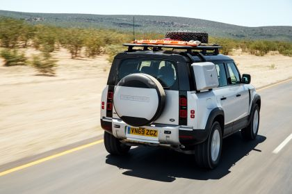 2020 Land Rover Defender 110 - UK version 6