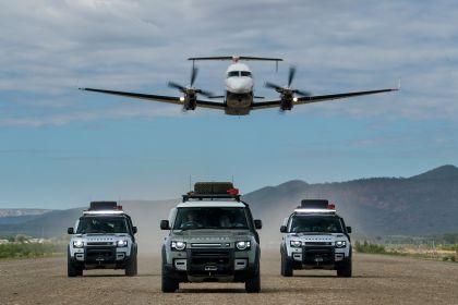 2020 Land Rover Defender 110 - UK version 14