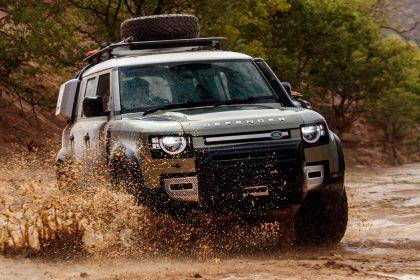 2020 Land Rover Defender 110 - UK version 15