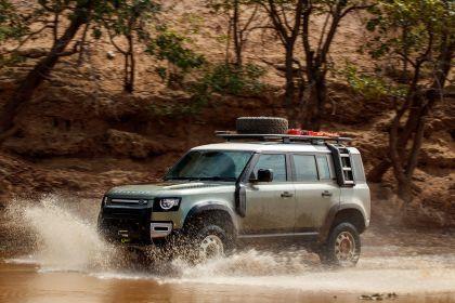2020 Land Rover Defender 110 - UK version 16