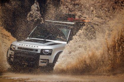 2020 Land Rover Defender 110 - UK version 18