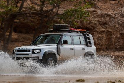 2020 Land Rover Defender 110 - UK version 20