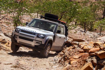 2020 Land Rover Defender 110 - UK version 42