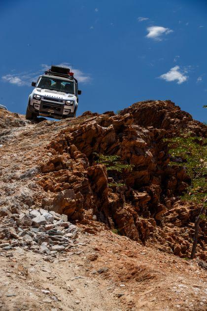 2020 Land Rover Defender 110 - UK version 46