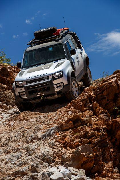 2020 Land Rover Defender 110 - UK version 47