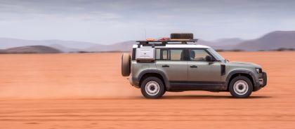 2020 Land Rover Defender 110 - UK version 55