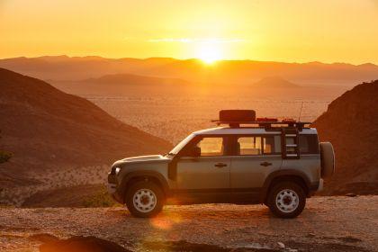 2020 Land Rover Defender 110 - UK version 56