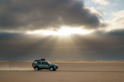 2020 Land Rover Defender 110 - UK version 59