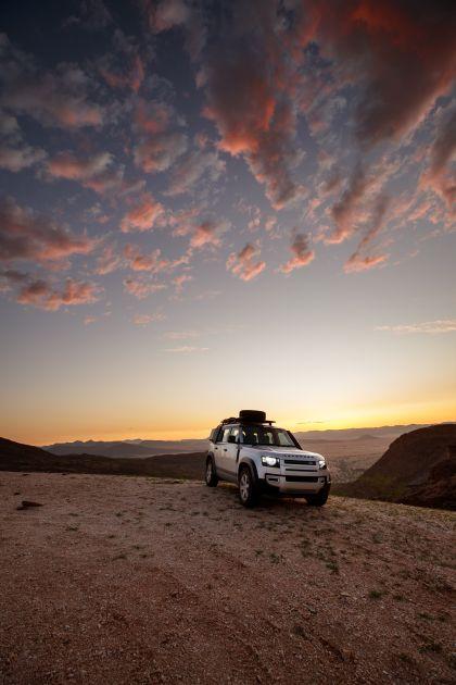2020 Land Rover Defender 110 - UK version 60