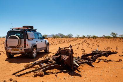 2020 Land Rover Defender 110 - UK version 66