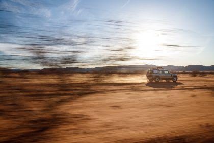2020 Land Rover Defender 110 - UK version 77