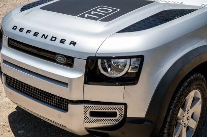 2020 Land Rover Defender 110 - UK version 81