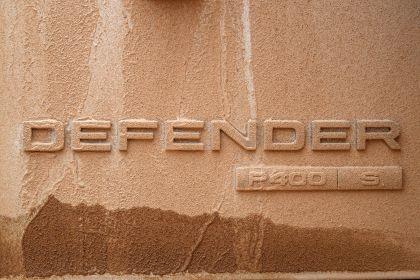 2020 Land Rover Defender 110 - UK version 95