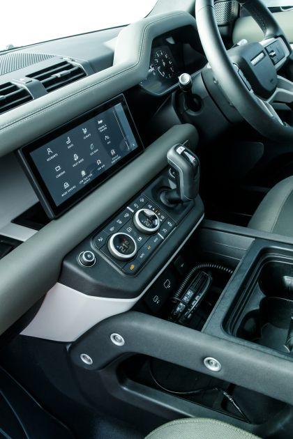 2020 Land Rover Defender 110 - UK version 99