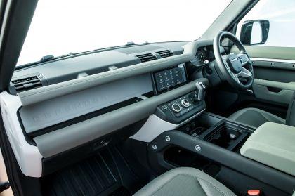 2020 Land Rover Defender 110 - UK version 100