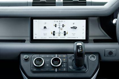 2020 Land Rover Defender 110 - UK version 105