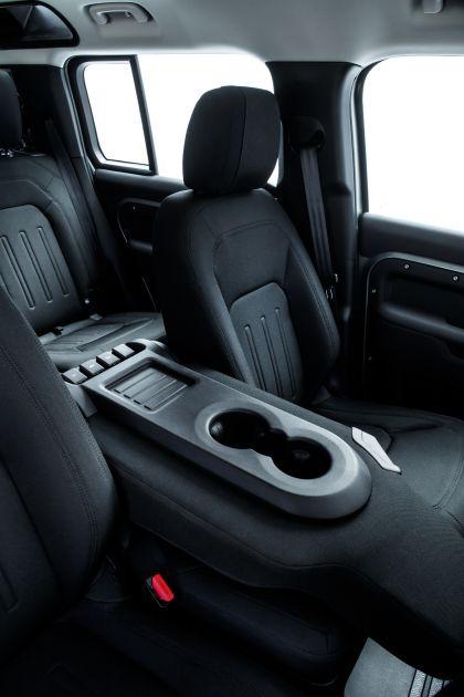 2020 Land Rover Defender 110 - UK version 114