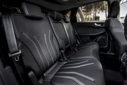 2020 Ford Kuga Vignale Plug-In Hybrid 24