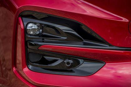 2020 Ford Kuga ST-Line X EcoBlue Hybrid 18