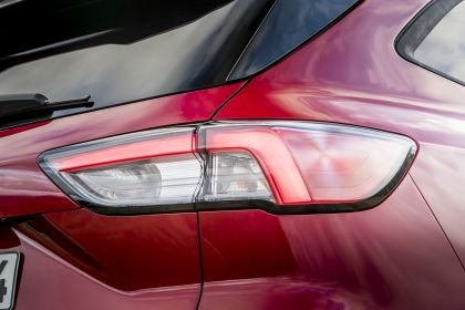 2020 Ford Kuga ST-Line X EcoBlue Hybrid 22