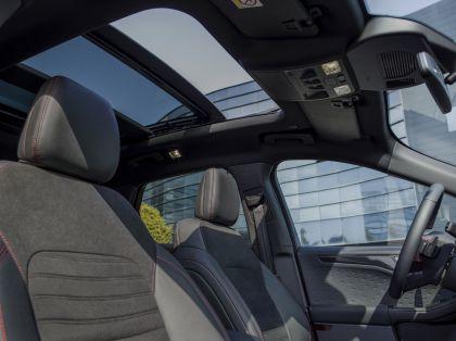 2020 Ford Kuga ST-Line X EcoBlue Hybrid 34