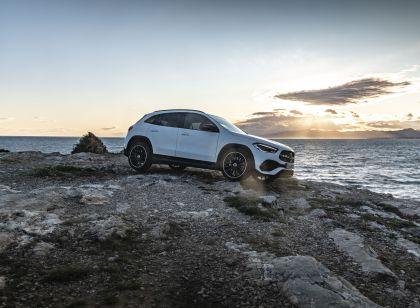 2020 Mercedes-Benz GLA 250 4Matic 2