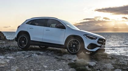2020 Mercedes-Benz GLA 250 4Matic 9