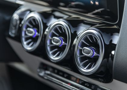 2020 Mercedes-Benz GLA 220d 4Matic 32