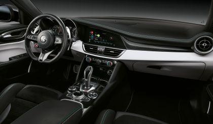 2020 Alfa Romeo Giulia Quadrifoglio 25