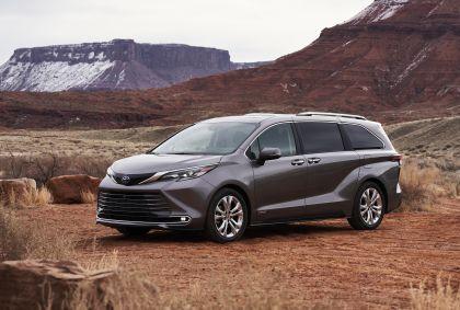 2021 Toyota Sienna Platinum 1