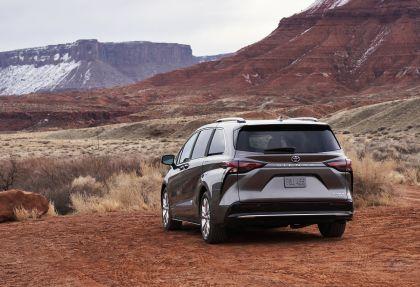 2021 Toyota Sienna Platinum 4