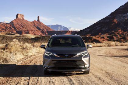 2021 Toyota Sienna Platinum 8