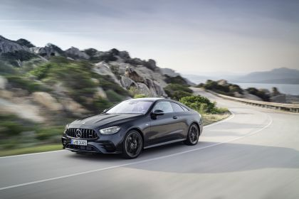 2020 Mercedes-AMG E 53 4Matic+ coupé 1